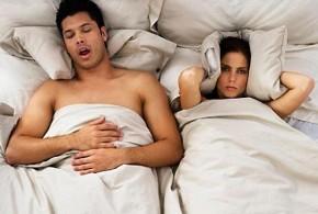 Una almohada contra los ronquidos